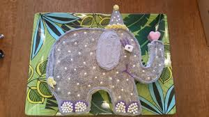 home decorators elephant her elephant with a cupcake a blog tutorial my cake school