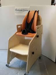 siege pour handicapé le fauteuil pour tous gabamousse mobilier adapté pour enfants