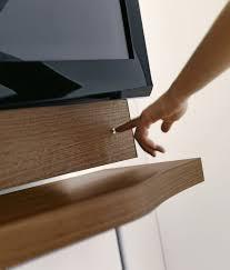 mensole sotto tv mobile soggiorno moderno non rinunciate al fascino legno