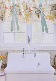 Shabby Chic Valance by 75 Best Shabby Chic Images On Pinterest French Country Cynthia