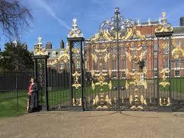 kensington palac kensington palace gates picture of kensington palace london