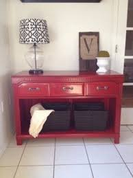 red entry table foter