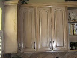 cleaning ways for kitchen cabinet doors