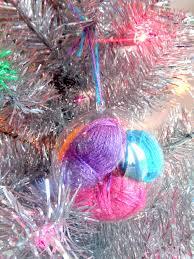 3 unique ways to decorate fillable ornaments