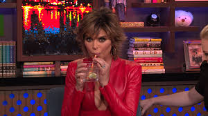 what skincare does lisa rimma use watch does lisa rinna think dorit kemsley is a pot stirrer watch