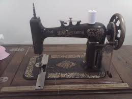 430 best nähmaschinen und co images on pinterest antique sewing