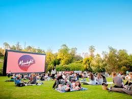 Picnic Rugs Melbourne 11 Things To Do In Melbourne When The Weather Is Fine Qantas