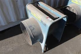 blue wizard pneumatic and dust blastmaster extractor auction 0001