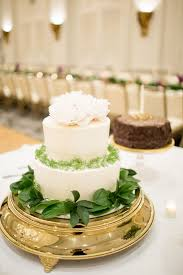 wedding cake greenery chagne buttercream wedding cake with greenery