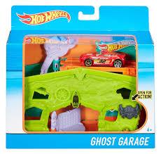 monster truck war haunted house amazon com wheels ghost garage playset toys u0026 games