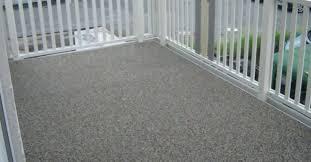 balkon bodenbelag g nstig bodenbelag für balkon und terrasse wpc holz oder stein auf