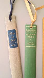 Upcycle Old Books - crafts with books book crafts la mode and bookmarks