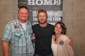 dierks bentley family april 2012 don u0027t blink