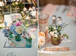 Cheapest Flowers For Centerpieces by 22 Eye Catching U0026 Inexpensive Diy Wedding Centerpieces Thegoodstuff