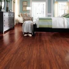 traditional living premium laminate flooring red mahogany http