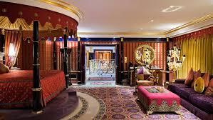 Meaning Of Opulence 6 Extravagant Dubai Experiences Cnn Travel