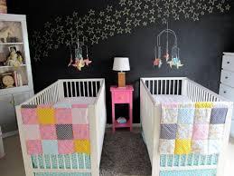 chambre de jumeaux 102 idées originales pour votre chambre de bébé moderne fond