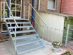 stahl treppe stahltreppe außen metallbau plugge