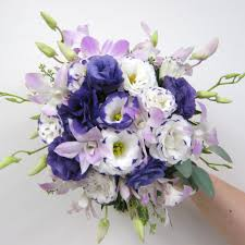 wedding flowers lavender purple and lavender wedding flowers for a wedding at avanti