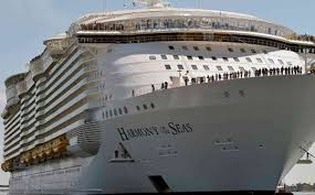 biggest cruise ship on maiden voyage to uk