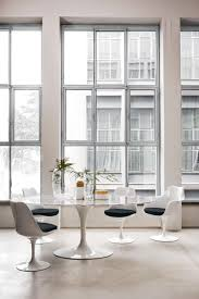Tulip Side Table by Saarinen Tulip Low Table Coffee Tables From Knoll International