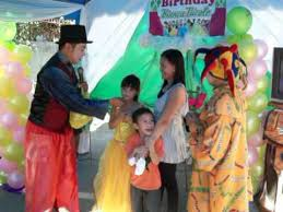 where to rent a clown for a birthday party1860 gown birthday 4 the clown visits s birthday in the