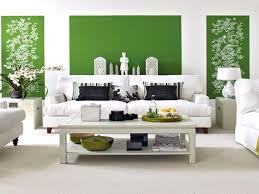Wohnzimmer Grau Deko Farbgestaltung Wohnzimmer Grau Fern Auf Moderne Deko Ideen In