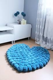 tapis pour chambre ado beau tapis pour chambre ado avec gros pom tapis de coeur pour