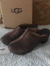 ugg boots in size 11 for s ugg clogs s shoes ebay