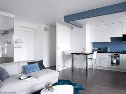 cuisine blanche et bleue cuisine ouverte bleu canard meilleur idées de conception de