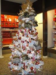 Zebra Christmas Tree Decorating Ideas by 51 Best Themed Christmas Trees Images On Pinterest Themed