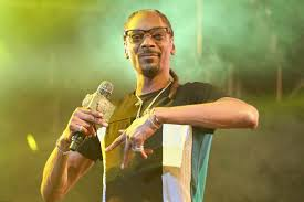 Thanksgiving In Toronto Snoop Dogg Invests In Toronto Based Seed To Sale Cannabis Tracking