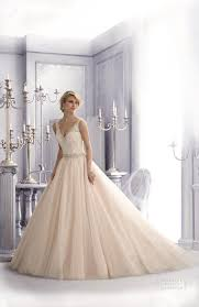 mori brautkleider die besten 25 mori bridal ideen auf leichte