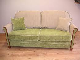 habiller un canapé réfection de sièges passepoil clous et large choix de tissus