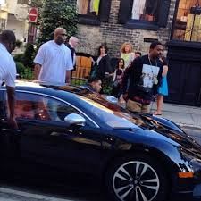 bugatti chris brown drake steps out in a bugatti celebrity cars blog