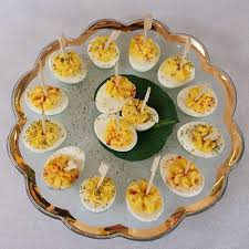 deviled eggs platter hippity hop deviled egg recipe annieglass