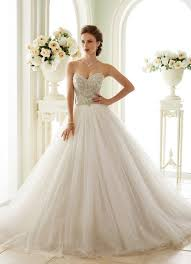 strapless wedding gowns 10 strapless wedding dresses 2016 that show your collarbone