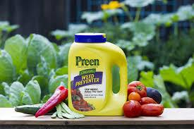 roll out vegetable garden amazon com preen vegetable garden weed preventer 25 lb