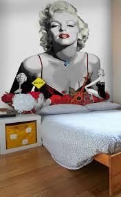 10 best raving retro wallpaper images on pinterest retro happy birthday mr president kiss marilyn monroe goodnight with this marilyn monroe wall mural for