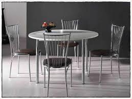 tables cuisine but desserte de jardin en plastique 13 table de cuisine but