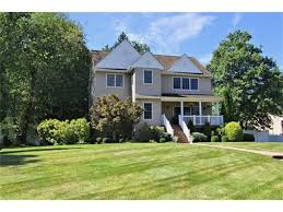 15 Old House Lane Chappaqua Ny Local West Nyack Ny Real Estate Listings And Homes For Sale Bhgre