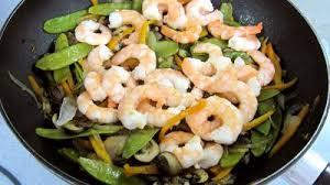cuisiner des haricots plats haricots plats et gambas à la chinoise recette coquillages et