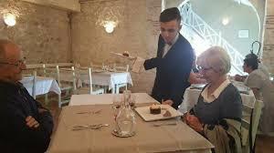 apprentissage en cuisine restauration cap commercialisation et services en hôtel café restaurant mfr pujols