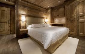 chambre chalet luxe architecture chambre coucher bois chalet montagne les gentianes