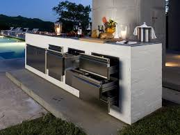outdoor kitchen furniture out to enjoy the modern outdoor kitchens
