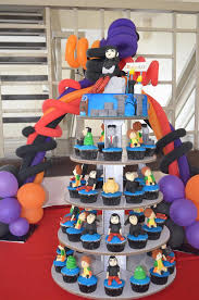 hotel transylvania cake toppers hotel transylvania cake and cupcakes by decobake http decobake
