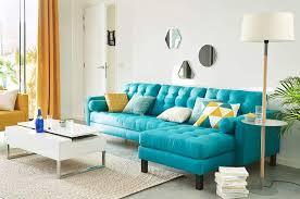 canap d angle bleu comment choisir un canapé d angle nos modèles préférés femme actuelle