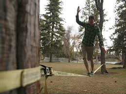 learn to walk the slack line slacklining is becoming more
