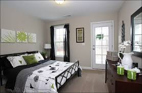 Decorating A Bedroom by Bedroom To Cool Fabulous Sports Themes How Pretty Bedrooms For