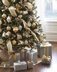 gold white tree decorations gold and white
